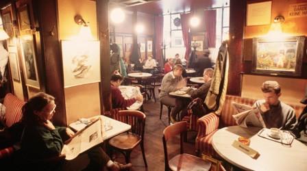 household-guide-coffee-house-cafe-hawelka.jpg