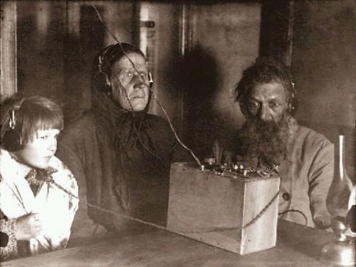 1ères écoutes radio.jpg